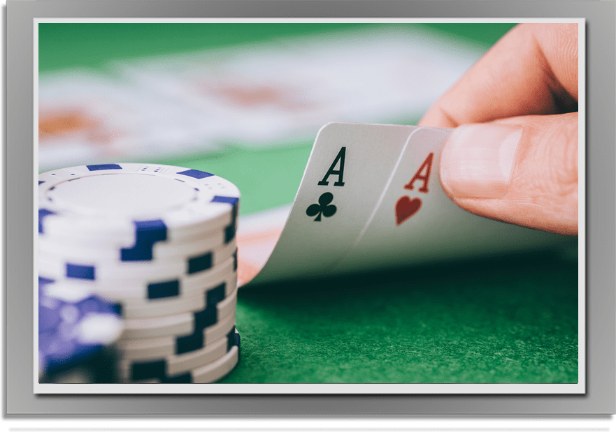Poker_Carlingfordgetaways-min